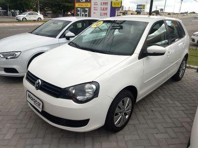Volkswagen Polo 1.6 VHT Total Flex 2014}