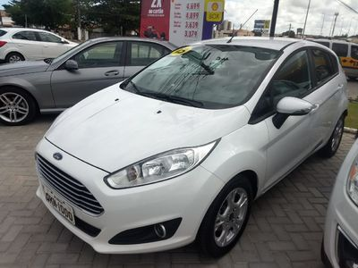 Ford New Fiesta Hatch 1.6 SE PowerShift 2015}