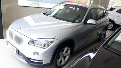 BMW X1 sDrive20I 2.0 16 Turbo 2014}