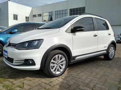 Volkswagen Fox Track 1.0 (Flex) 2017}