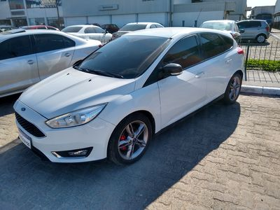 Ford Focus Hatch SE 1.6 (Flex) 2016 2018}