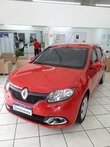 Renault Logan Authentique 1.0 2015}
