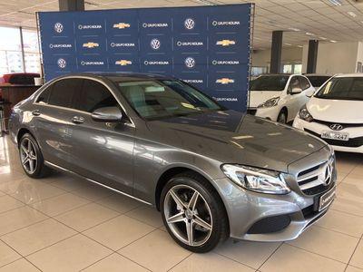 Mercedes-Benz C 180 1.6 CGI Avantgarde Turbo (Aut) 2017}