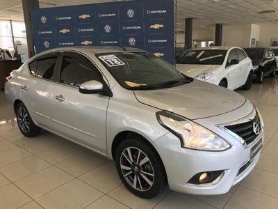 Nissan Versa 1.6 SL CVT 2018}