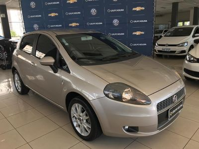 Fiat Punto Attractive 1.4 (Flex) 2012}