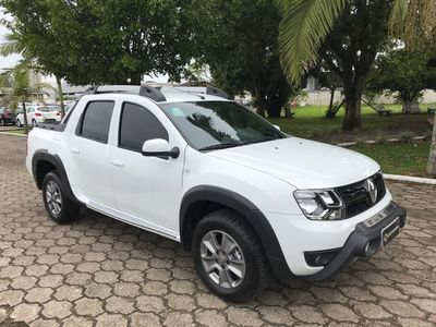 Renault Duster Oroch Dynamique 2.0 2017}