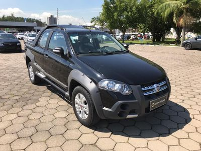 Fiat Strada Adventure Locker 1.8 8V (Flex) (Cab Dupla) 2011}