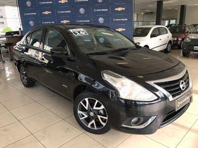 Nissan Versa 1.6 Unique 2016}