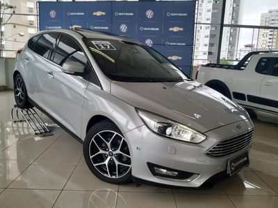 Ford Focus Hatch Titanium Plus 2.0 AT 2017}
