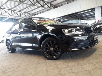 Volkswagen Jetta Trendline 1.4 TSI (Auto) 2016}