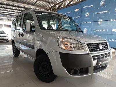 Fiat Doblò ELX 1.4 8V (Flex) 2011}