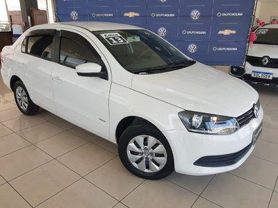 Volkswagen Voyage 1.0 Total Flex 2013}