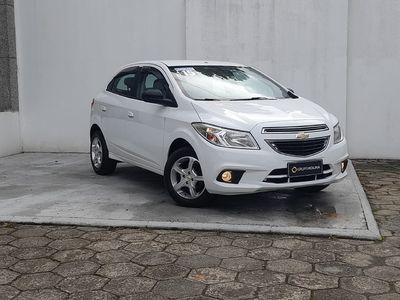 Chevrolet Onix 1.0 LT 2015}