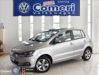 Volkswagen Fox 1.6 VHT Highline I-Motion (Aut) (Flex) 2018}