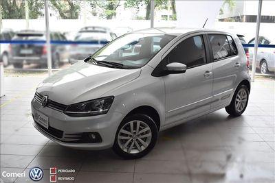 Volkswagen Fox Connect 1.6  2018}