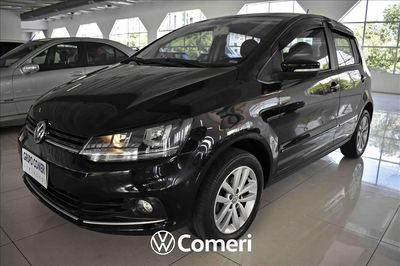 Volkswagen Fox Connect 2018}