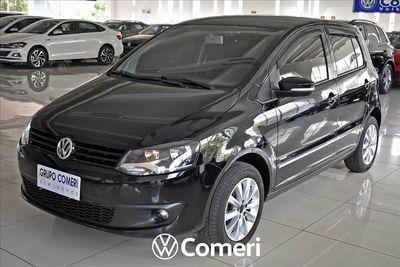 Volkswagen Fox 1.6 MI 8V FLEX 4P MANUAL 2011}