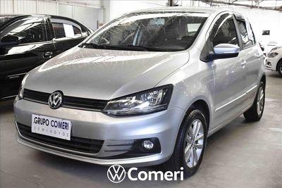 Volkswagen Fox Connect 2018}