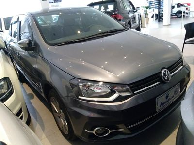 Volkswagen Voyage Highline 1.6 I-MOTION 2018}