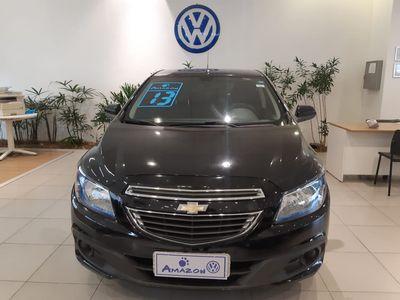 Chevrolet Onix 1.4  LT MPFI 8V 4p 2013}