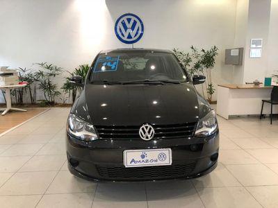 Volkswagen Fox 1.6 VHT Seleção I-Motion (Flex) 2014}