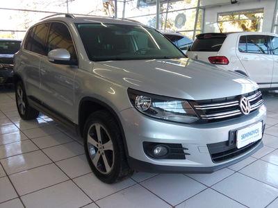 Volkswagen Tiguan 2.0 TSI 4WD 2012}