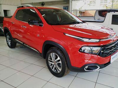 Fiat Toro Volcano 2.0 4X4 (Diesel) (AT9) 2017}