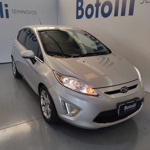 Ford New Fiesta Hatch SE 1.6 16V (Flex) 2012}