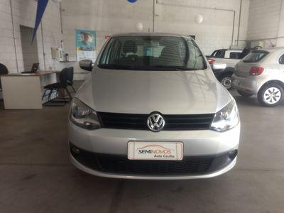 Volkswagen Fox 1.0 VHT (Flex) 4p 2014}