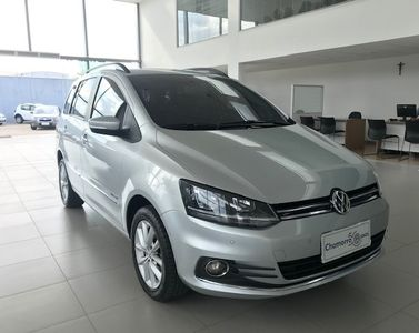 Volkswagen SpaceFox Highline 1.6 I-MOTION 2016}
