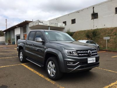 Volkswagen Amarok Highline 2.0 CD 4x4 (Aut) 2018}