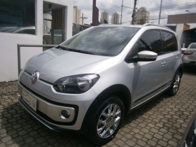 Volkswagen up! cross up! 1.0 I-Motion 2017}