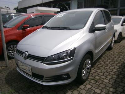 Volkswagen Fox Comfortline 1.6 I-MOTION (Flex) 2015}