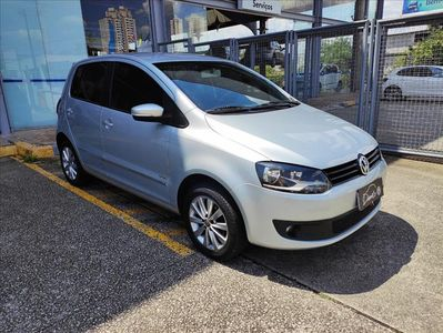 Volkswagen Fox 1.6 MI 8V FLEX 4P MANUAL 2012}