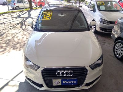 Audi A1 1.4 TFSI S tronic Attraction 2012}