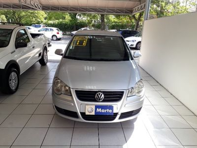Volkswagen Polo 1.6 8V I-Motion (Flex) (Aut) 2011}