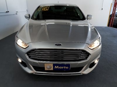 Ford Fusion 2.0 Titanium FWD 16V AT 2016}
