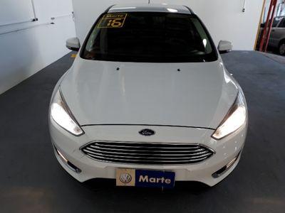 Ford Focus Hatch Titanium 2.0 AT (Flex) 2016 2016}
