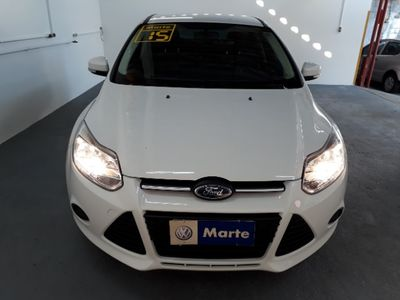 Ford Focus Sedan SE 2.0 PowerShift 2015}