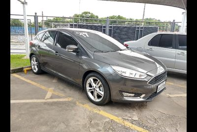 Ford Focus Fastback Titanium Plus 2.0 AT 2017}