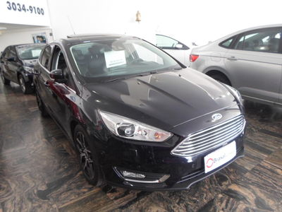 Ford Focus Hatch Titanium Plus 2.0 AT 2016}