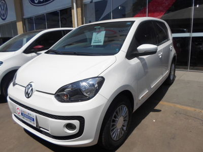 Volkswagen up! move up! 1.0 TSI 2016}