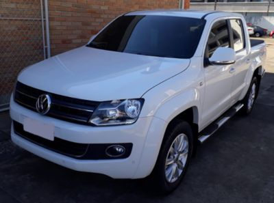 Volkswagen Amarok Highline 2.0 CD (Aut) 2014}