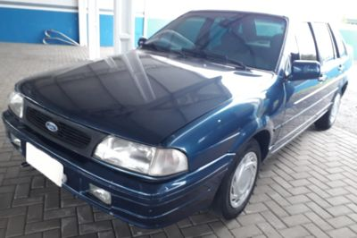 Ford Versailles GL 2.0 i 1997}