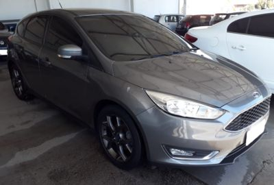 Ford Focus Sedan SE 1.6 16V TiVCT 2016}