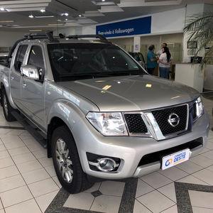 Nissan Frontier SL 2.5 2016}