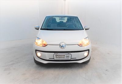 Volkswagen up! 1.0 12v White-Up 2015}
