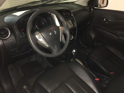 Nissan Versa 1.6 Unique 2018}