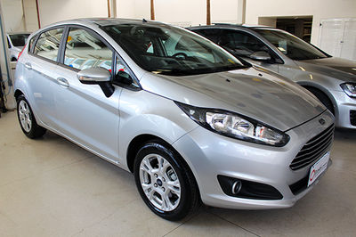Ford New Fiesta Hatch SEL 1.6 AT 2017}