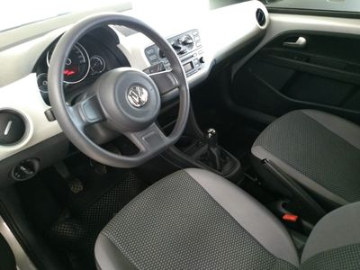 Volkswagen up! move up! 1.0 TSI 2017}